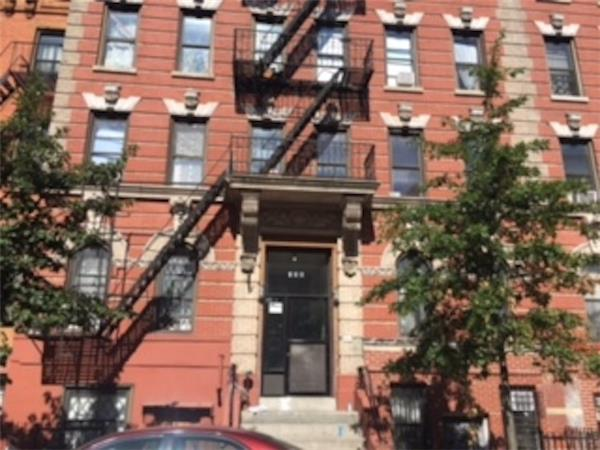 Single Family Home for Rent at 155 South 2nd Street 155 South 2nd Street Brooklyn, New York 11211 United States