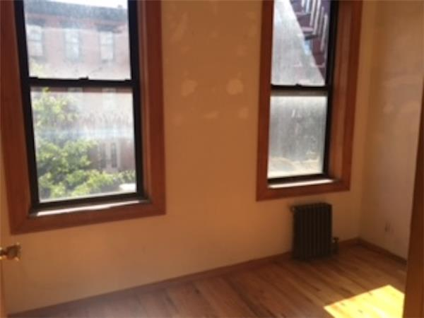 Additional photo for property listing at 155 South 2nd Street 155 South 2nd Street Brooklyn, New York 11211 United States