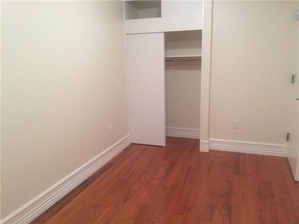 Additional photo for property listing at Eastern Parkway Eastern Parkway Brooklyn, New York 11238 United States