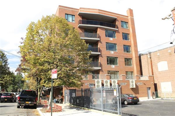 Additional photo for property listing at 263 Bedford Ave 3-A (New Construction) 263 Bedford Ave 3-A (New Construction) Brooklyn, New York 11211 United States