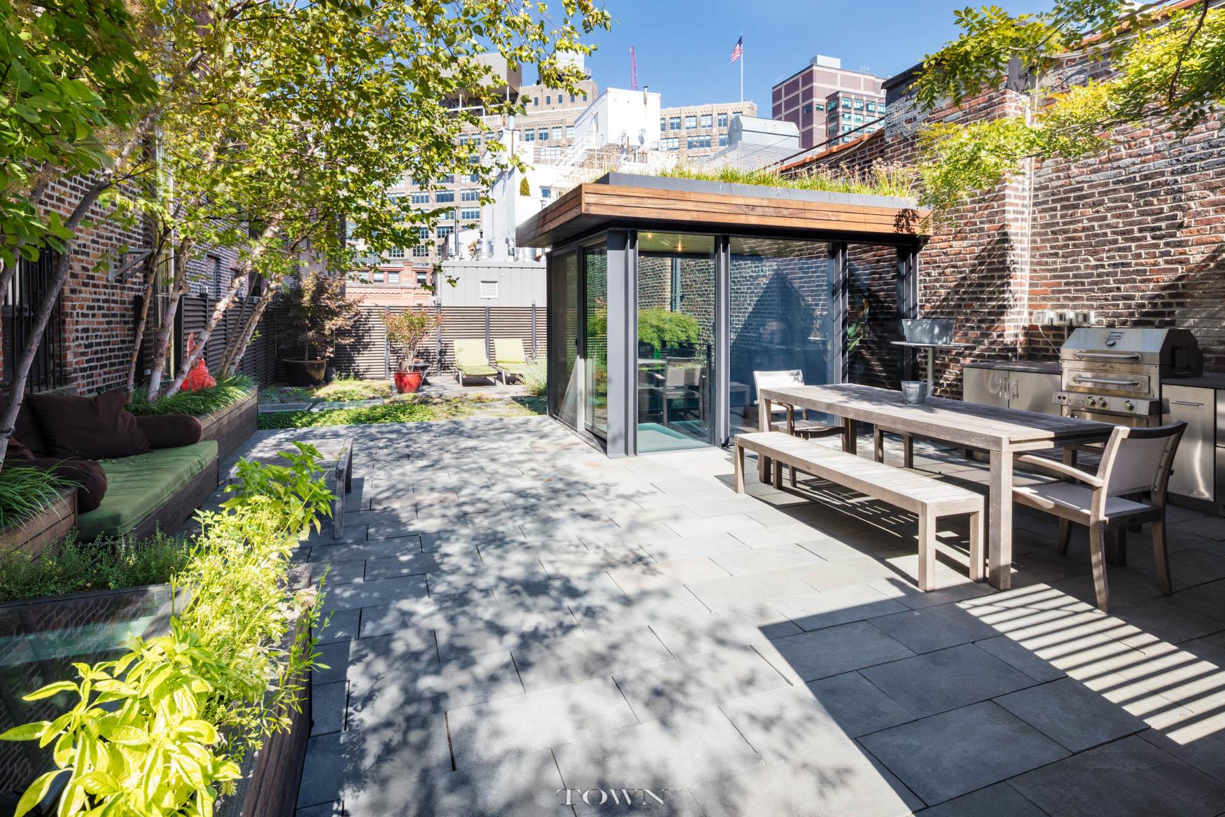 Co-op for Sale at 34 Laight Street, #ph 34 Laight Street New York, New York 10013 United States