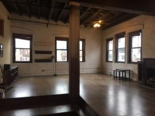 Casa Unifamiliar por un Alquiler en 35-03 Broadway 35-03 Broadway Queens, Nueva York 11106 Estados Unidos