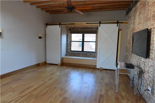 Additional photo for property listing at 36 Waverly Avenue 36 Waverly Avenue Brooklyn, New York 11205 United States