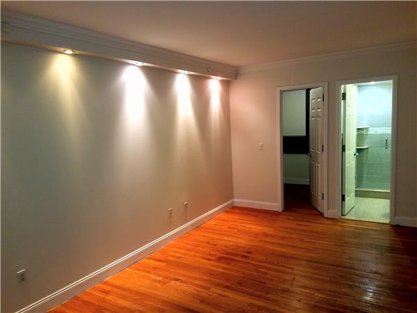 Additional photo for property listing at 556 State Street 556 State Street Brooklyn, New York 11217 United States