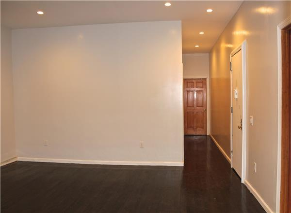 Additional photo for property listing at 69 South 3rd Street 69 South 3rd Street Brooklyn, New York 11211 United States