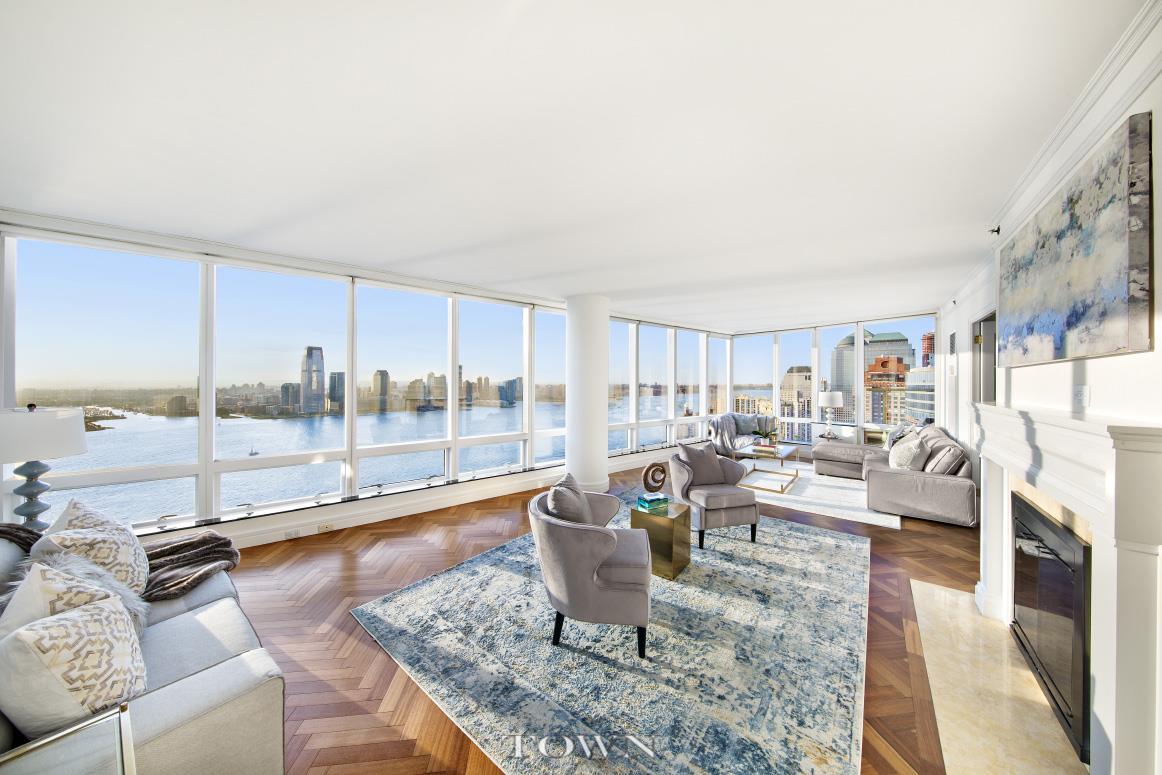 Condominio por un Alquiler en The Ritz Carlton Residences, 10 West Street, #Ph-2A 10 West Street New York, Nueva York 10004 Estados Unidos