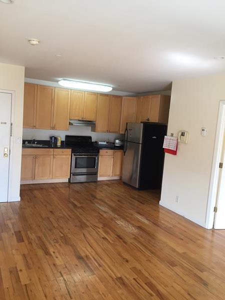 Single Family Home for Rent at 567 Warren Street 567 Warren Street Brooklyn, New York 11217 United States