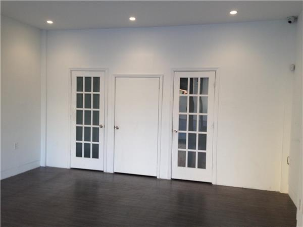 Additional photo for property listing at 108 Bushwick Avenue  Brooklyn, Nueva York 11206 Estados Unidos