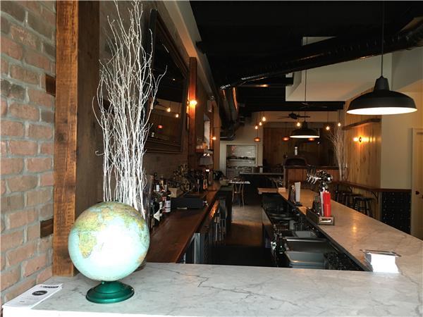 商用 为 出租 在 420 Union Avenue 布鲁克林, 纽约州 11211 美国