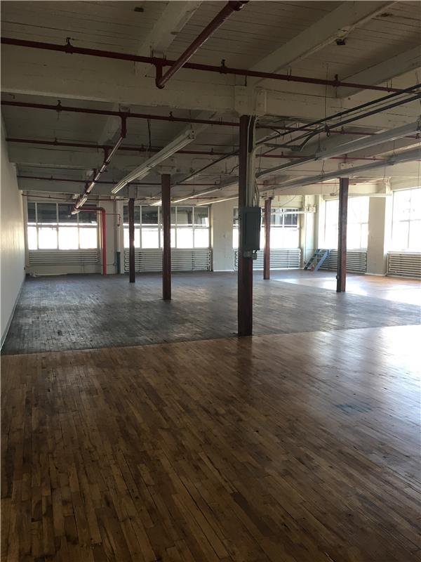 Commercial for Rent at 51-02 21st Street 51-02 21 street Long Island City, New York 11101 United States