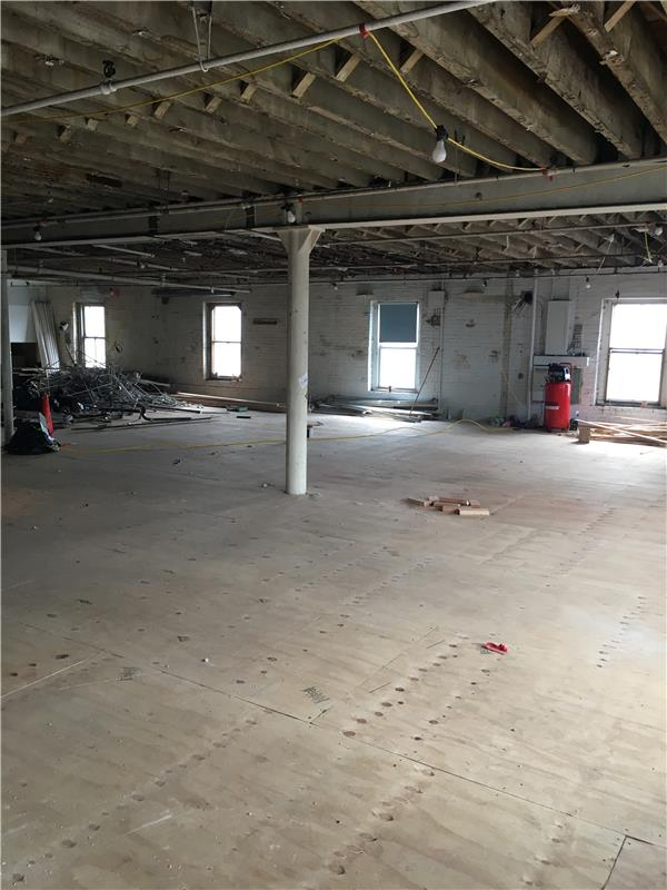 Additional photo for property listing at 84 Withers Street 84 Withers Street Brooklyn, Nueva York 11211 Estados Unidos