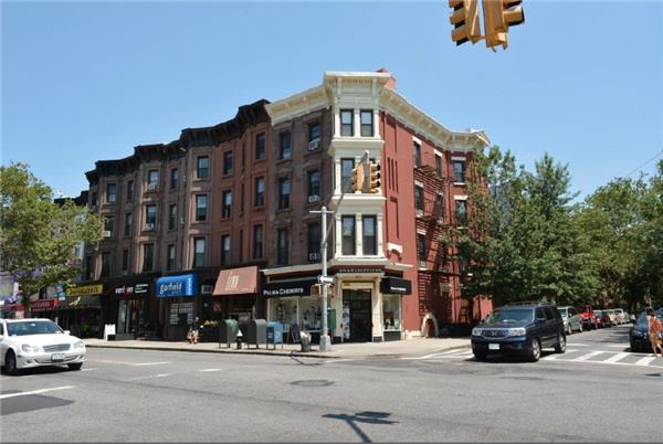 Comercial por un Alquiler en 159 7th Avenue Brooklyn, Nueva York 11215 Estados Unidos