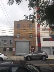 Additional photo for property listing at 32-08 38th Avenue 32-08 38th Avenue Queens, New York 11101 United States