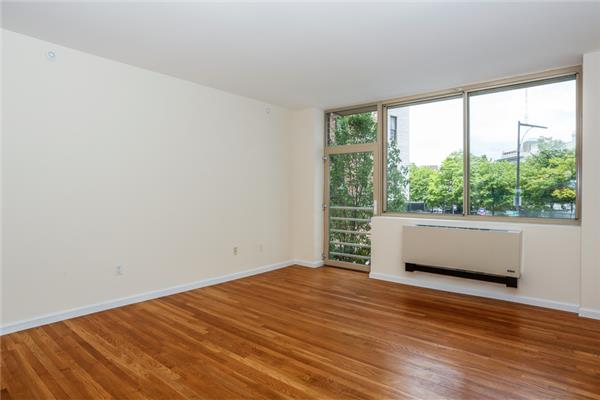 Additional photo for property listing at 556 State Street 556 State Street Brooklyn, Nueva York 11217 Estados Unidos