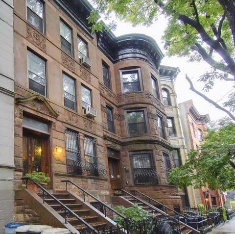 Casa Unifamiliar por un Venta en 384 4th Street Brooklyn, Nueva York 11215 Estados Unidos