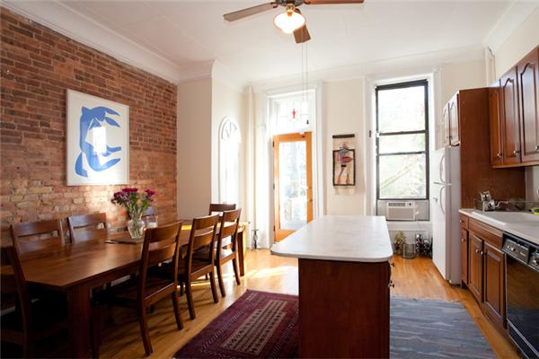 Casa Unifamiliar por un Venta en 338 4th Street Brooklyn, Nueva York 11215 Estados Unidos