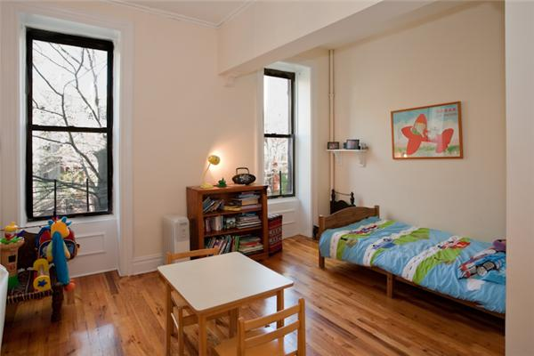 Additional photo for property listing at 338 4th Street  Brooklyn, Nueva York 11215 Estados Unidos