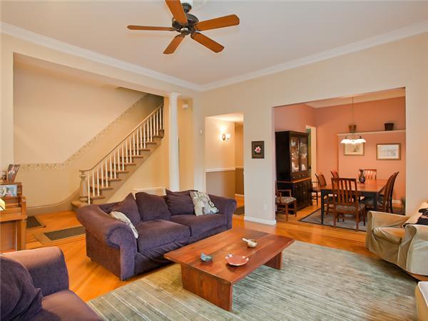 Casa Multifamiliar por un Venta en 602 Vanderbilt Street 602 Vanderbilt Street Brooklyn, Nueva York 11218 Estados Unidos