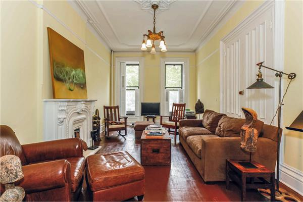 sold property at 398 Lafayette Avenue