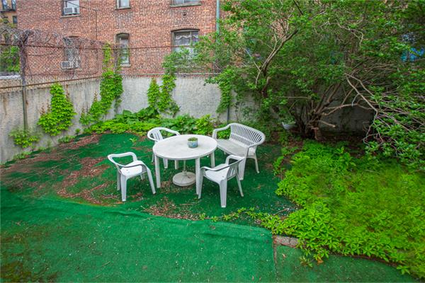 Additional photo for property listing at 1221 Gilbert Place 1221 Gilbert Place Bronx, New York 10474 United States