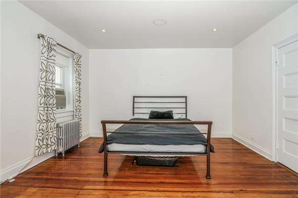 Additional photo for property listing at 1062 Sterling Place 1062 Sterling Place Brooklyn, New York 11213 United States
