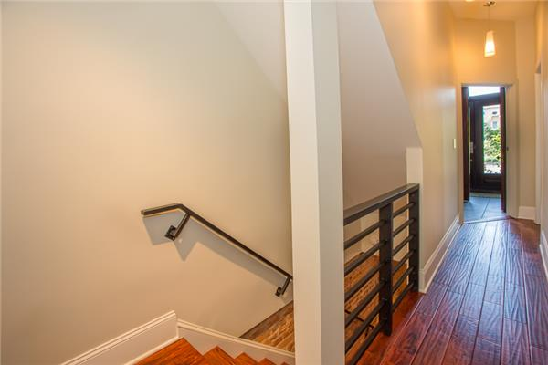 Additional photo for property listing at 207 Prospect Avenue  Brooklyn, Nueva York 11215 Estados Unidos