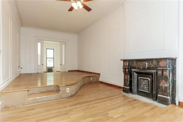 Additional photo for property listing at 499 Halsey Street 499 Halsey Street Brooklyn, New York 11233 United States
