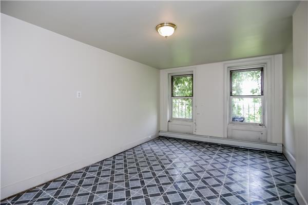 Additional photo for property listing at 503 Halsey Street  Brooklyn, New York 11233 United States