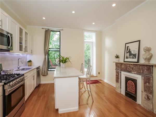 Additional photo for property listing at 321 4th Street 321 4th Street Brooklyn, Nueva York 11215 Estados Unidos