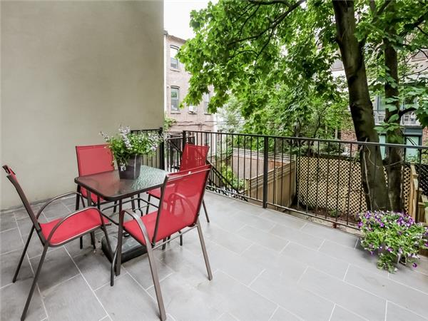 Additional photo for property listing at 321 4th Street  Brooklyn, Nueva York 11215 Estados Unidos