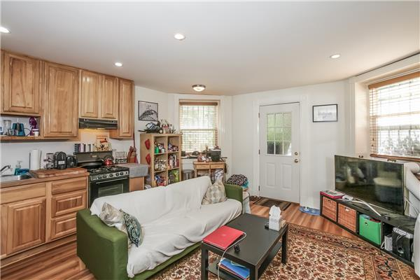 Additional photo for property listing at 44 Montgomery Place 44 Montgomery Place Brooklyn, New York 11215 United States