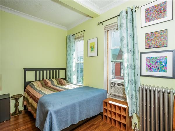 Additional photo for property listing at 225A 18th Street  Brooklyn, Nueva York 11215 Estados Unidos