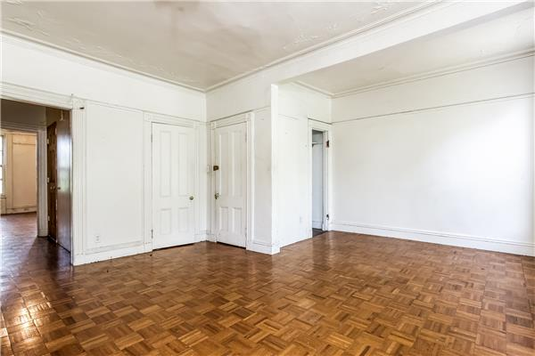 Additional photo for property listing at 633 Macon Street Brownstone 2 Family  布鲁克林, 纽约州 11233 美国