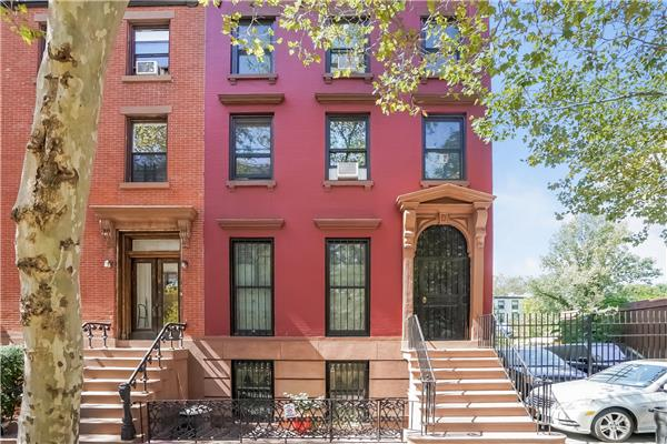 Additional photo for property listing at 362 Clermont Avenue 362 Clermont Avenue Brooklyn, Nueva York 11238 Estados Unidos