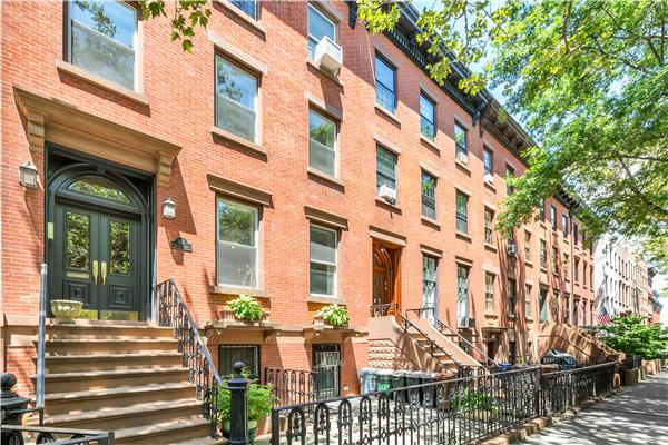 Casa Multifamiliar por un Venta en 364 Clinton Street Brooklyn, Nueva York 11231 Estados Unidos