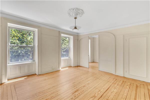 Additional photo for property listing at 364 Clinton Street 364 Clinton Street Brooklyn, New York 11231 United States