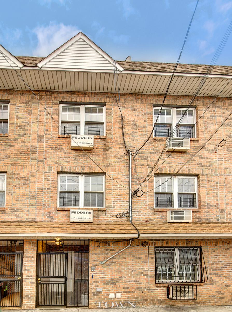Townhouse for Sale at 716 New Lots Avenue 716 New Lots Avenue Brooklyn, New York 11207 United States