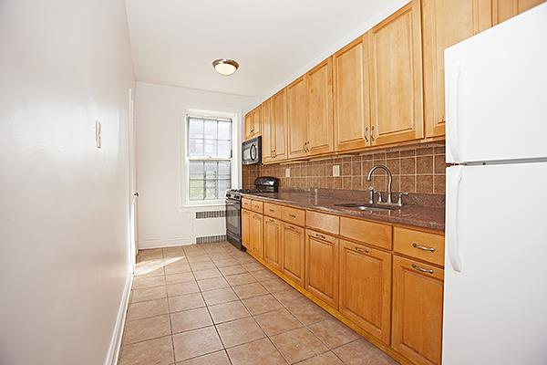 79-15 35th Avenue Jackson Heights Queens NY 11373