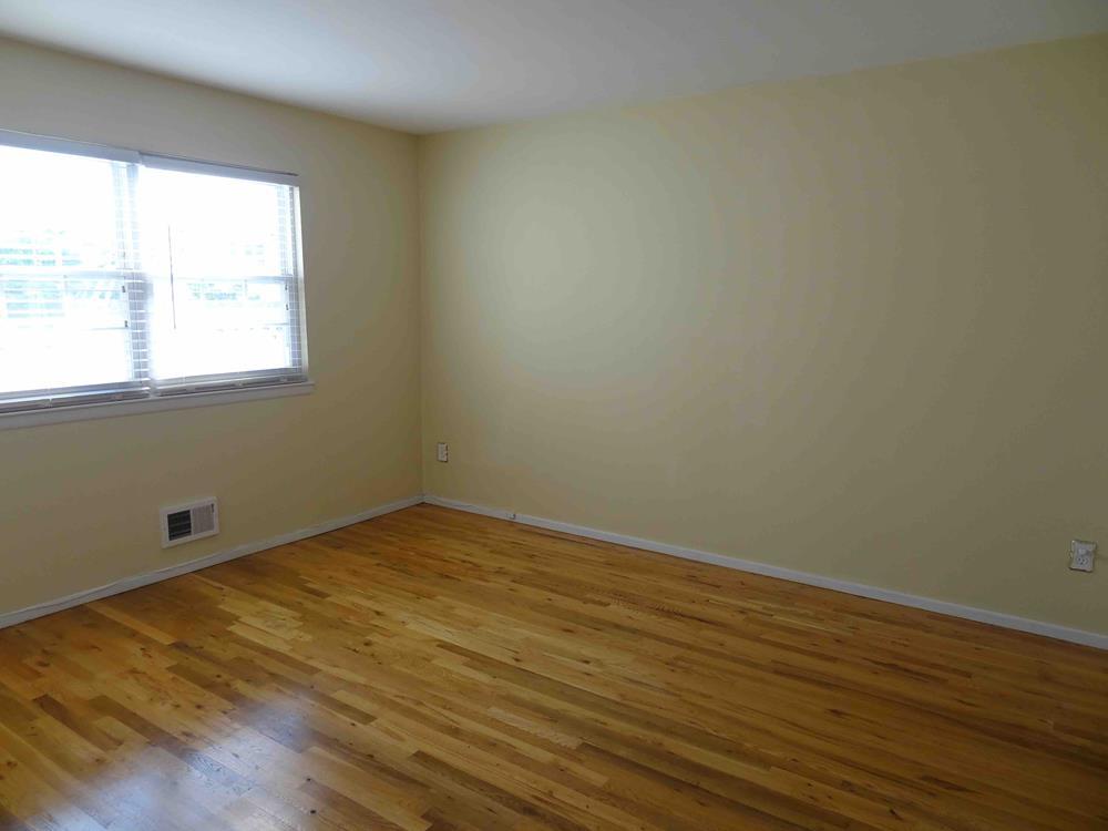 12 Gadsen Place New Springville Staten Island NY 10314