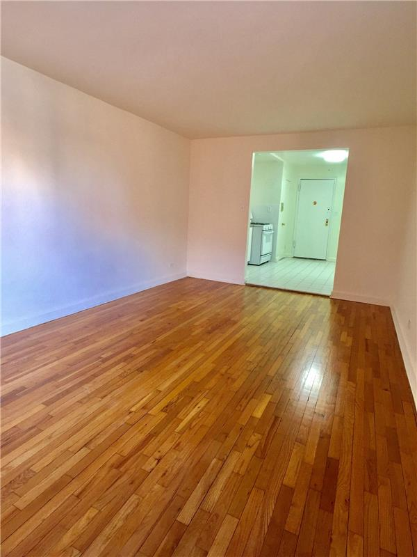 82-46 135th Street Briarwood Queens NY 11435