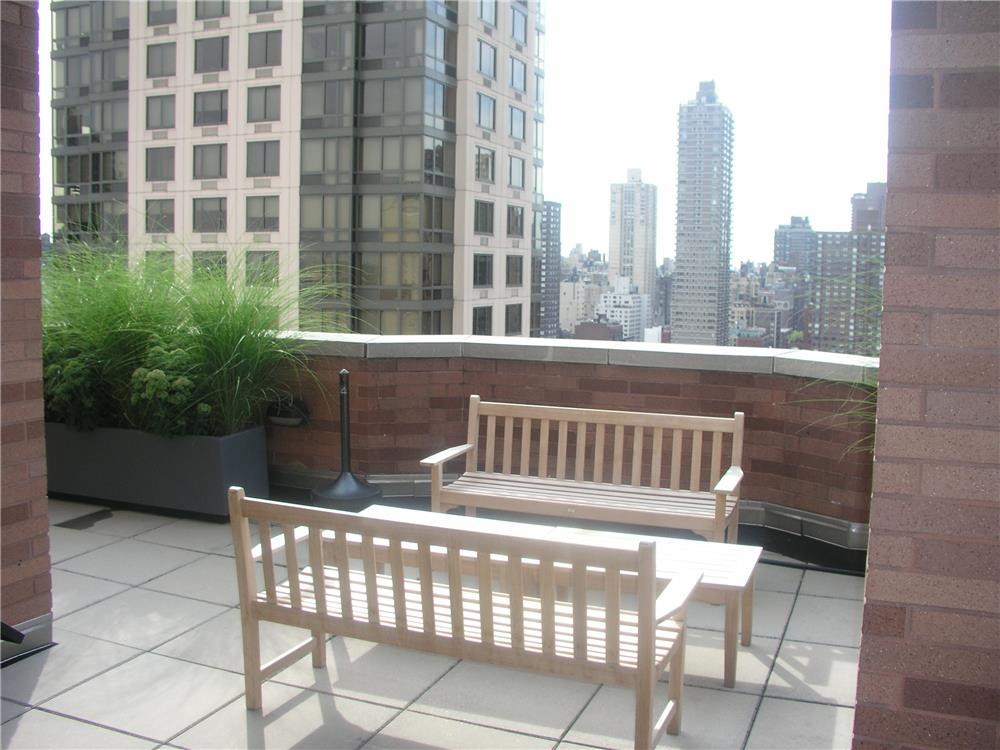 400 East 90th Street Upper East Side New York NY 10128