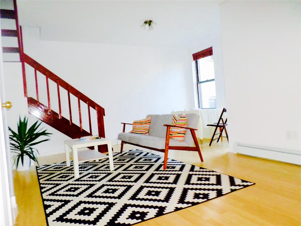 86-88 Meserole Avenue Greenpoint Brooklyn NY 11222
