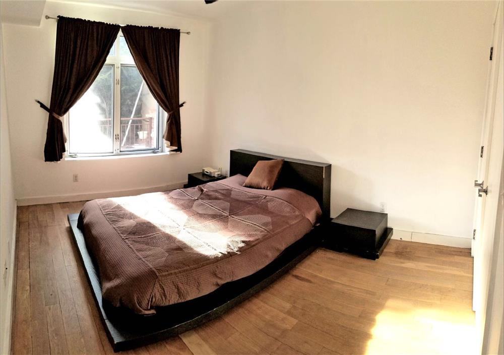 153 Manhattan Avenue Williamsburg Brooklyn NY 11206