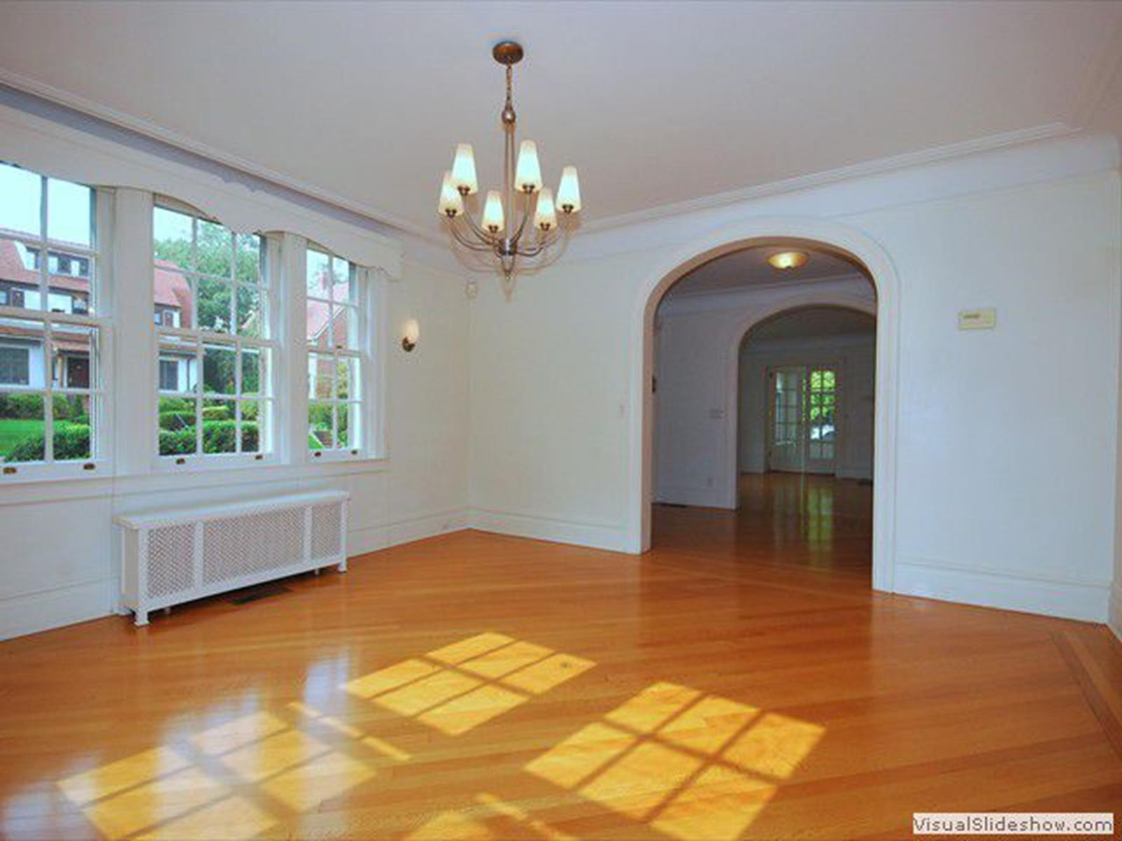 60 Exeter Street Forest Hills Queens NY 11375