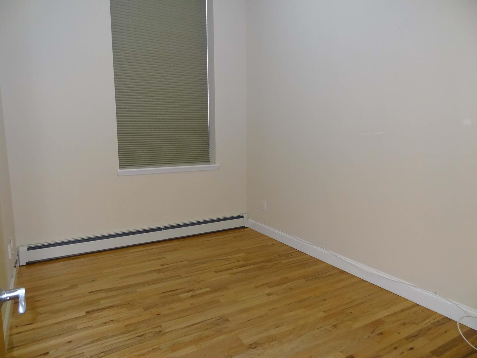 76-18 69th Place Ridgewood Queens NY 11385