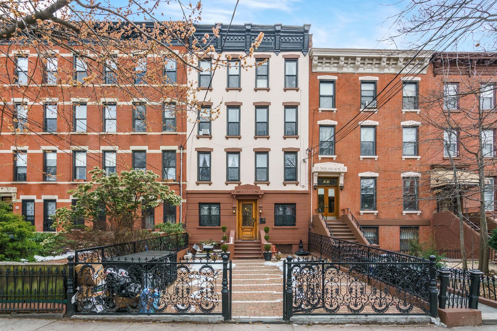 64 4th Place Carroll Gardens Brooklyn NY 11231