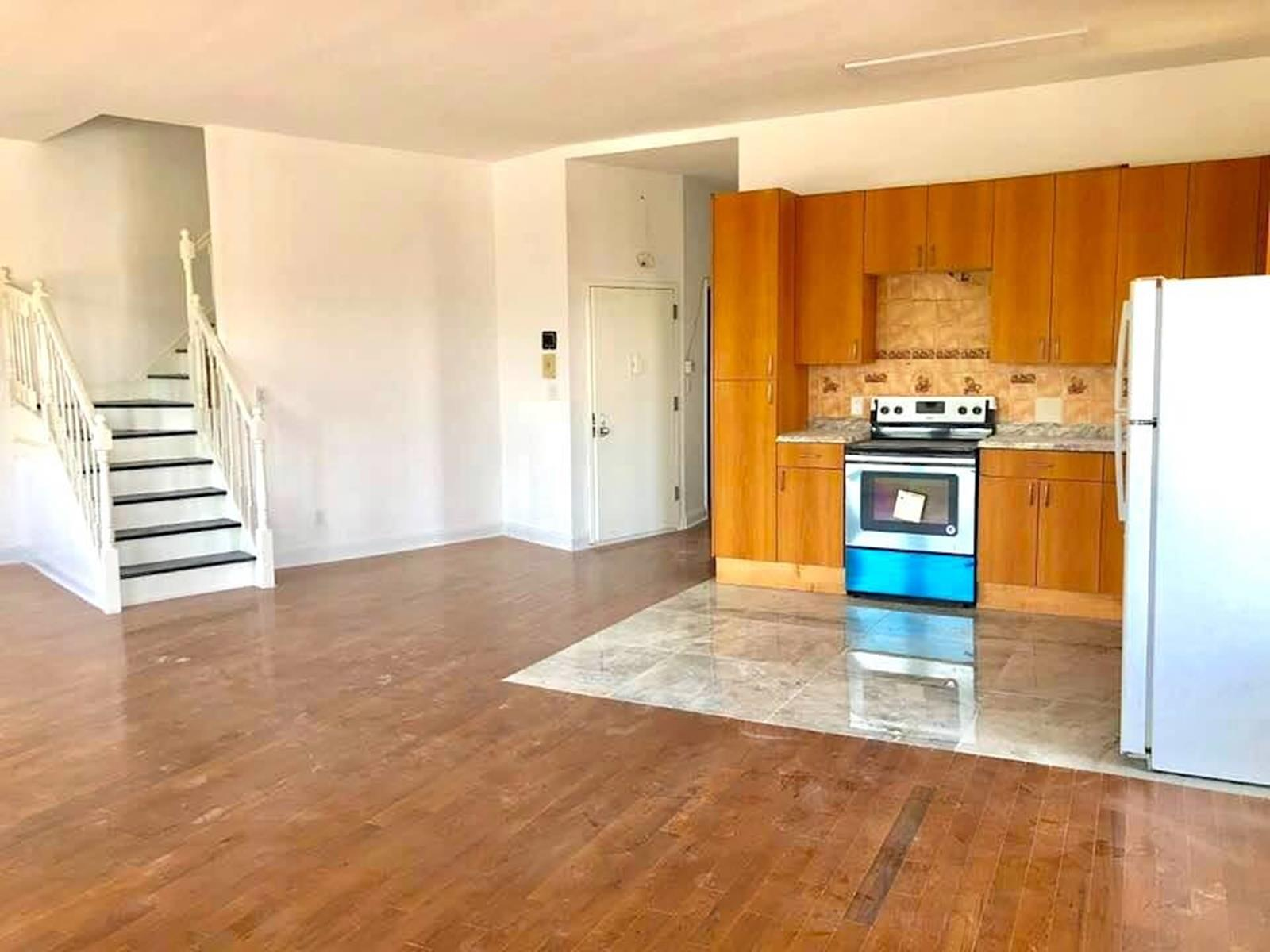 Gut-renovated 3-bedroom Penthouse (Coney Island Avenue -Brooklyn)