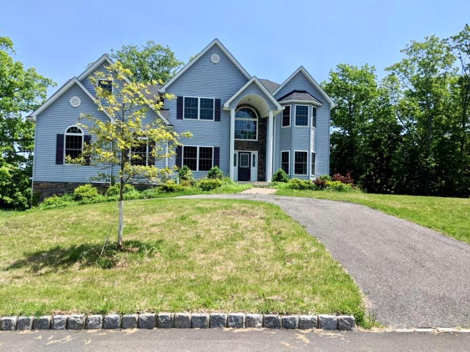 13 Sherwood Ct Out of NYC Highland Mills NY 10930
