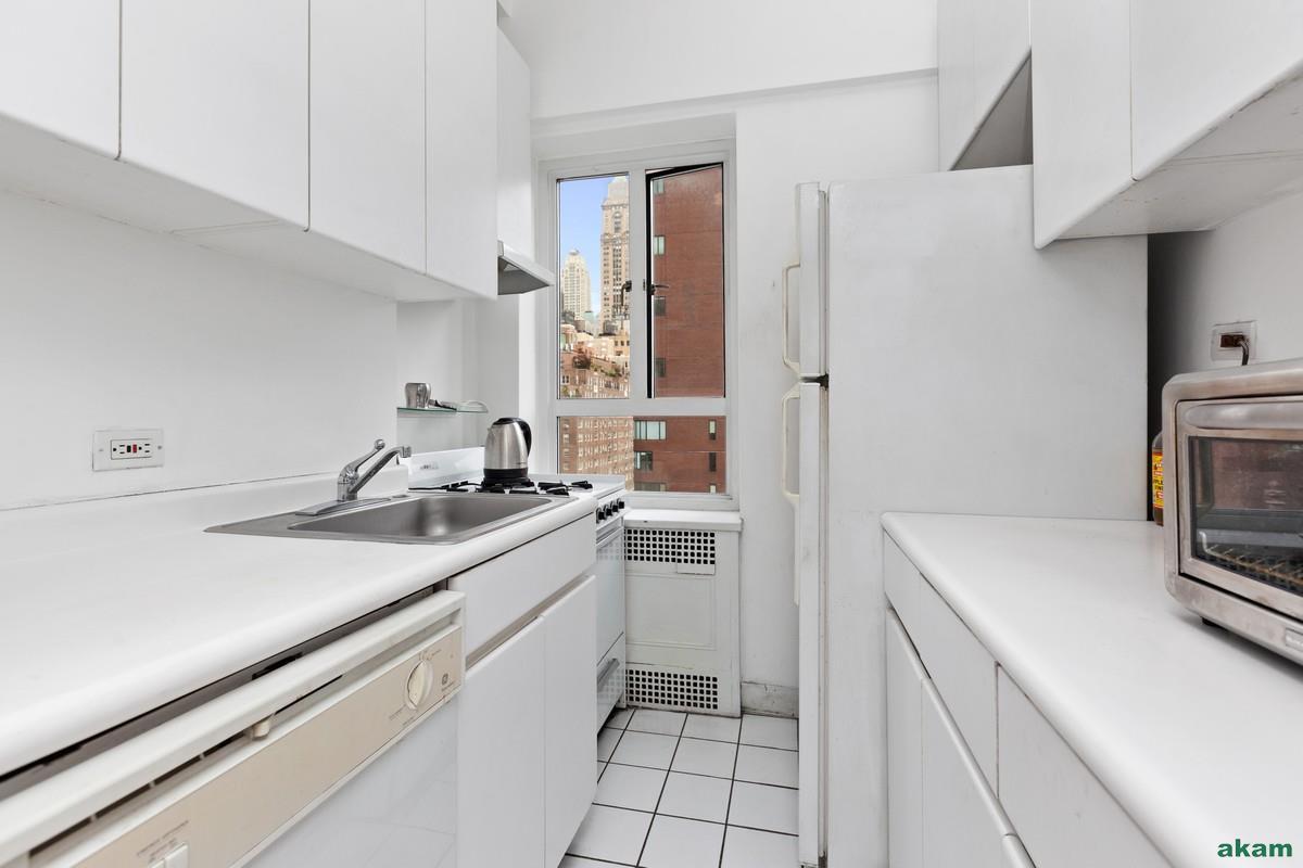20 East 35th Street 14-B Murray Hill New York NY 10016