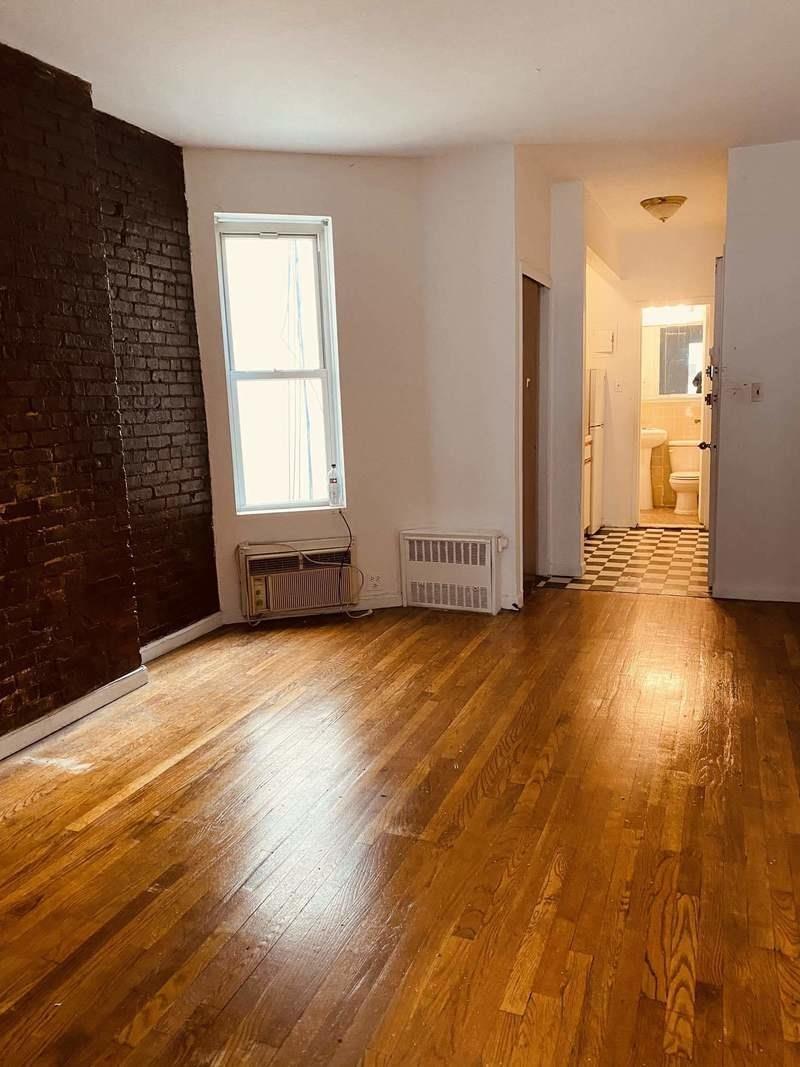 322 East 82nd Street Upper East Side New York NY 10028